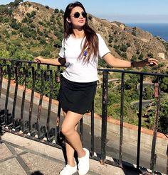 Divyanka Tripathi's holiday style is on fleek – view pic #FansnStars