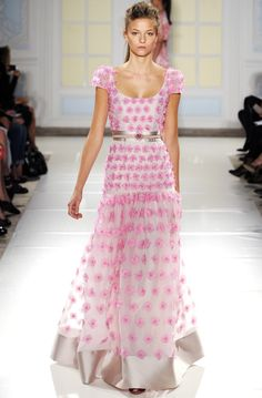 Temperley London RTW Spring 2014 - Slideshow - Runway, Fashion Week, Reviews and Slideshows - WWD.com