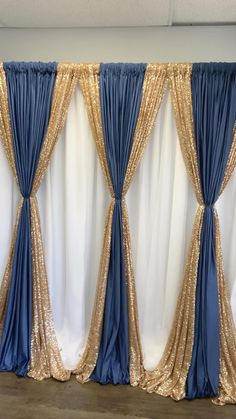 Wedding Stage Decorations, Backdrop Decorations, Diy Party Decorations, Birthday Decorations, Backdrops, Gold Decorations, Curtain Backdrop Wedding, Gold Backdrop, Backdrop Design