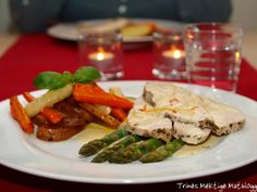 Urtebakt kalkunbryst med rotgrønnsaker og appelsinchilisaus + nydelig bringebærsaus til riskremen