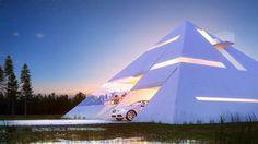 Bilderesultat for pyramide glass house