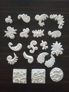 Ornament Nr.251 19-teiliges Set  je ca.1,5 bis 2,5cm je Set € 1,50 Ice Tray, Silicone Molds, Cookie Cutters, Ornaments, Light Switches, Christmas Decorations, Ornament, Decor
