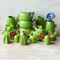 Dazzling Yet Beautiful Diy Cactus Pots That Everyone Can Make acidaliadecor…. Dazzling Yet Beautiful Diy Cactus Pots That Everyone Can Make acidaliadecor. Cacti And Succulents, Cactus Plants, Succulent Planters, Green Plants, Ceramic Pottery, Ceramic Art, Cactus Ceramic, Ceramic Planters, Cactus Pot