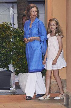 L'ancienne reine Sofia et sa petite-fille la princesse Leonor à Majorque, le 31 juillet 2016