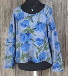 Cute Threads 4 Thought M size Top Blue Gray Floral Sustainable Casual Shirt Boho