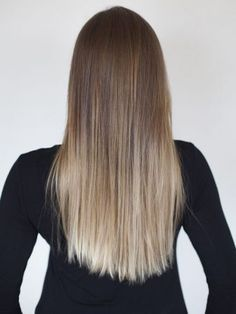 How to Get Ombré Hair at Home With L'Oréal Ombre Hair ombre hair at home Blond Ombre, Ombre Hair Color, Blonde Balayage, Blonde Highlights, Ash Blonde, Subtle Ombre Hair, Natural Ombre Hair, Ash Ombre, Different Blond