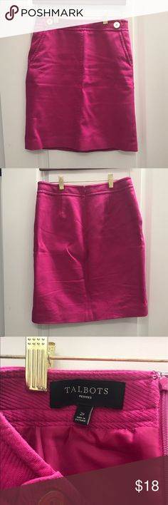 Talbots Fitted Skirt Sz 2P Used in great condition. This skirt is perfect for spring and summer. Fitted and above knee- this is great to dress up or down with a simple blouse. Size 2 Petite. Talbots Skirts Pencil