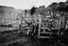 Sebastio Salgado, The landless take possession of Giacometti farm, Parana State, Brazil, 1996