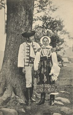 Liptovská Osada village, Liptov region, Central Slovakia. Popular Costumes, Black Forest, Vintage Pictures, Vintage Photographs, Character Design, Traditional, Drawings, Painting, Hungary