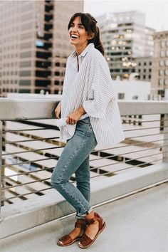 Find and save ideas about Street Style Looks on Women Outfits. Mode Outfits, Casual Outfits, Fashion Outfits, Casual Ootd, Mode Chic, Mode Style, Street Style Looks, Looks Style, Spring Summer Fashion