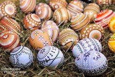 Sorbische Ostereier - farbenfroh und wunderschön
