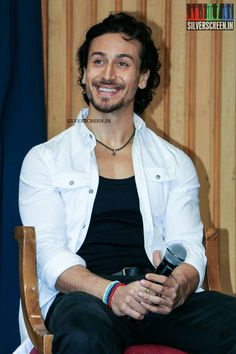 Tiger Shroff Body, Fight Song, Best Hero, Bollywood Stars, Film Industry, Celebs, Celebrities, Picture Poses, Best Actor