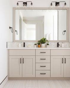 Cheap Rustic Decor, Cheap Wall Decor, Cheap Home Decor, Diy Home Decor, Bathroom Renovations, Home Remodeling, Bathroom Ideas, Bathrooms, Modern Farmhouse Bathroom