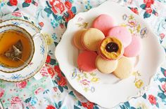 Peanut Butter and Raspberry Jam Macarons. By Cakelets and Doilies.