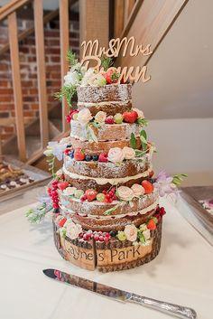 Fruit Wedding Cake, 3 Tier Wedding Cakes, Country Wedding Cakes, Amazing Wedding Cakes, Fall Wedding Cakes, Wedding Cake Rustic, Wedding Cakes With Cupcakes, Wedding Cake Designs, Wedding Ideas