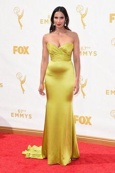 Pin for Later: De Nombreuses Stars se Sont Retrouvé Sur le Tapis Rouge des Emmy Awards Padma Lakshmi