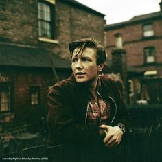 Albert Finney cracking iconoclast in kitchen sink working-class Nottingham drama Saturday night,Sunday morning (1960)