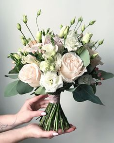 Lots of brides might know the wedding flower they want in their own bouquet, however are a little mystified about the remainder of the wedding event flowers required to submit the ceremony and reception. White Wedding Bouquets, Bride Bouquets, Flower Bouquet Wedding, Bridesmaid Bouquet, Floral Bouquets, Floral Wedding, Greenery Bouquets, Bouquet Flowers, Lisianthus Wedding Bouquet