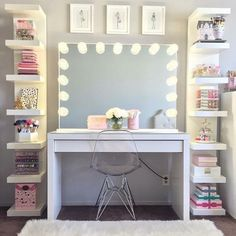 125 Amazing Teen Girl Bedroom Decor Ideas - Page 2 of 2 - Kyleigh's New Room - Sala Glam, Vanity Room, Corner Vanity, Closet Vanity, Closet Mirror, Glam Room, Makeup Rooms, Room Goals, New Room