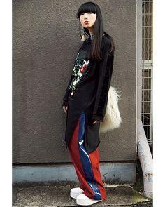 テーマはデザイン性の高いリラックススタイル♡ February issue P074 super street snap  model @YUMIIII1127  outer @helk_nagoya  tops @helk_nagoya  bottoms @diesel  choker @jbcg_official  #streetstyle #snap #nylonjapan #nylonjp #fashion #caelumjp