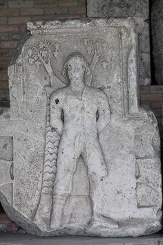 3.1.2. Ritualul de nemurire - bazat pe Pomul Vieţii - Seimeni - de la piatra şlefuită la fier Greek, Statue, Art, Art Background, Kunst, Performing Arts, Greece, Sculptures, Sculpture