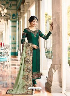 Looking to buy salwar kameez? ✓ Shop the latest dresses from India at Lashkaraa & get a wide range of salwar kameez from party wear to casual salwar suits! Salwar Suits Pakistani, Churidar Suits, Anarkali Suits, Pakistani Dresses, Indian Dresses, Punjabi Dress, Ladies Suits Indian, Suits For Women, Punjabi Suits Online Shopping