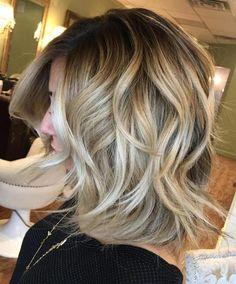 good-looking 100+ Most Popular Medium Haircut and Hairstyles Ideas https://femaline.com/2017/10/26/100-most-popular-medium-haircut-and-hairstyles-ideas/