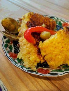 もち米パエリア 佐渡産のもち米のパエリアです。もち米の粒がしっかりしててリゾットのようなもっちり新食感。美味しい♡