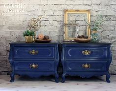 SOLD -- This lovely Bombay chest set painted in a crisp, classic navy {💙 to chalk paint powder, you must try it if you haven't already! Painted Bedside Tables, Bombay Chest, Hand Painted Furniture, Dark Walnut, Scotch, Chalk Paint, Guest Room, Bedroom Ideas, Kids Room