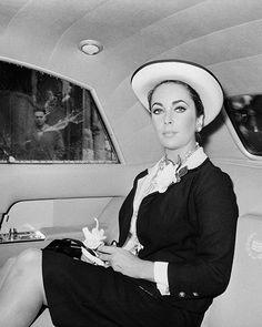 Elizabeth in Paris 1963 wearing Chanel