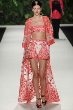 CHIC JORDAN l naeem khan l nyfw l ss14 l crop top l kimono l embroidery