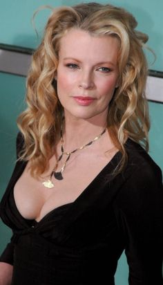Kim Basinger- timeless beauty age 62