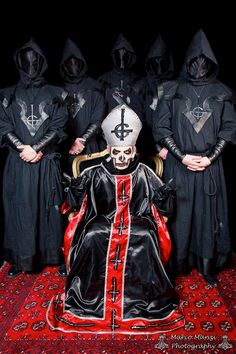 Nameless Ghouls and Papa Emeritus I - Ghost B.C.