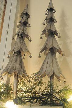 yes-iamredeemed:  Primitive Christmas Decor: