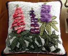 Gallery Lupine PEI Gal Penny Rugs, Wool Applique, Punch Needle, Rug Hooking, Crochet Yarn, Throw Pillows, Knitting, Gallery, Flowers