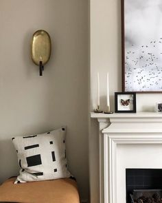 Neither too warm nor too cool, has a gentle greyness, but with none of the cooler tones seen in our other neutrals, making it… Farrow And Ball Living Room, Farrow And Ball Kitchen, Living Room White, Living Room Paint, Living Rooms, Living Spaces, Favorite Paint Colors, White Paint Colors, Paint Colors For Home