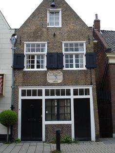 Gilde huisje ---Zakkendragersgilde 1765. Zuiddijk,