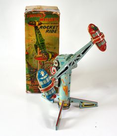The Tin Toy made in Japan in 1950 's