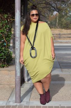 Something a little different… (Garnerstyle) Beautiful plus size shapewear and bras to help you rock outfits like this! Plus Size Fashion Blog, Plus Size Fashion For Women, Plus Size Women, Plus Fashion, Curvy Women Fashion, Diva Fashion, Curvy Outfits, Casual Outfits, Rock Outfits