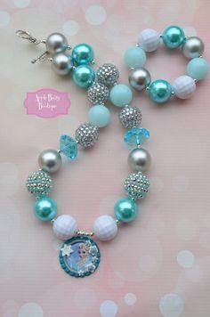 Elsa of ArandelleFrozen Disney Princess inspired Chunky Bubblegum Necklace Disney Jewelry, Kids Jewelry, Jewelry Necklaces, Chunky Necklaces, Jewelry Making, Beaded Bracelets, Kids Bubbles, Nails For Kids, Imitation Jewelry