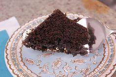 Bolo de Chocolate do Tabuleiro Chic by Segredos da Tia Emília. ..:: Segredos da Tia Emília ::.. - chocolate cake