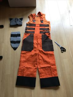 Preparations for a Rocket Raccoon outfit for carnaval...