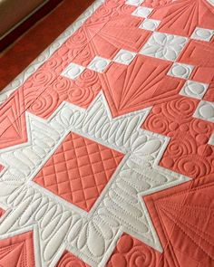 "507 Likes, 35 Comments - Marion McClellan (@myquiltdiet) on Instagram: ""Just a little bit more and @hobblecreekquilts' beautiful pink and white quilt will be finished …"""