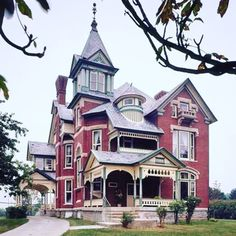 Start the week off right looking at VictorianDepot.com If you're interested in selling or buying a Victorian home or looking to sell or…