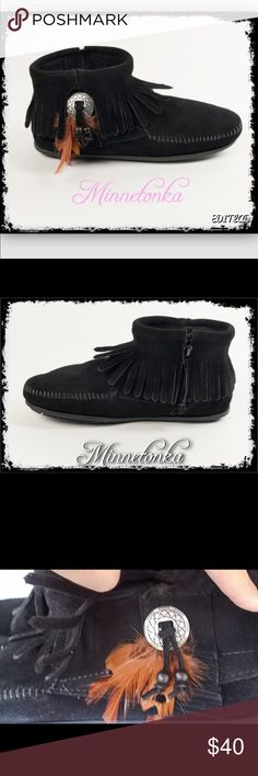🎀Minnetonka Concho Bootie🎀 Like new, worn a few times around the house only. Southwestern chic, metal conchos, decorative feathers and beads peak through the all around fringe on these Southwest inspired mocassin boots. Handmade from supple suede , these booties wrap your feet in supple softness. With a side zipper, these one of a kind ankle boots are easy to slip on and off. Minnetonka Shoes Moccasins