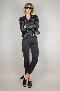 black LEVI'S 550 High waist jeans /// NOIROHIO VINTAGE