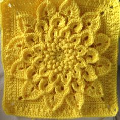 Ravelry: The Crocodile Flower pattern by Joyce Lewis  Free download.  Thank you!