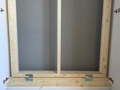 The bed frame with hinges to attach it to the bottom