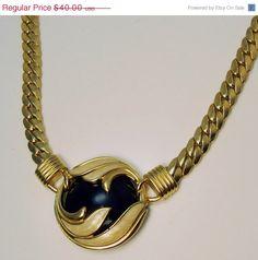 #Vintage Mod Trifari Choker Necklace #jewelry #ecochic by jujubee1 on Etsy, $34.00