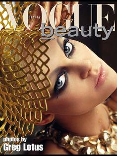 ITALIAN VOGUE BEAUTY.. Make up @hectorsimancas Photo by @greglotusfoto Stylist Danny Santiago#dannysantiago Hair @joeltorresstyle Model @viktoriyavikas Prop Stylist @dfittin @hostpr @mralexgonzalez #dolceandgabbana #tomford #topmodel #gold #italianvogue #webstagram #ysl #intagood #instalike #octuber #photooftheday #amazing #dior #like #look #like4like #chanel #clédepeaubeauté #beauty #bestmagazine #makeup #elizabetharden #editorial #hectorsimancas #italianvoguebeauty #factorydowntown